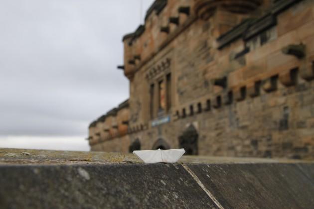 Das Schiffchen auf den Mauern von Edinburgh Castle.