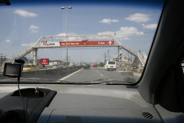 Neue Autobahn kurz hinter Tirana