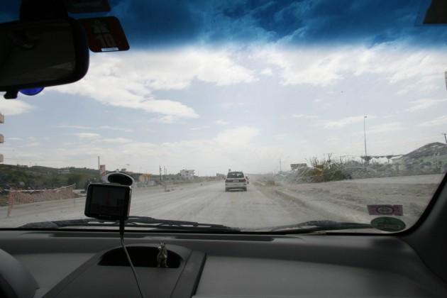Durch Albanien war vor allem über albanische Baustellen für zukünftige Straßen