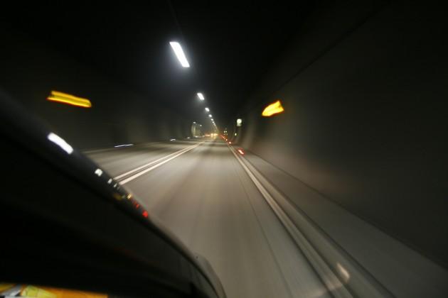 Unterwegs im Karawankentunnel zwischen Österreich und Slowenien