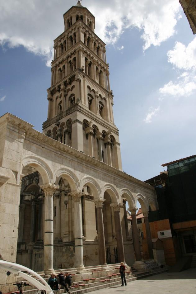 Vor dem diokletianischen Palast in Split