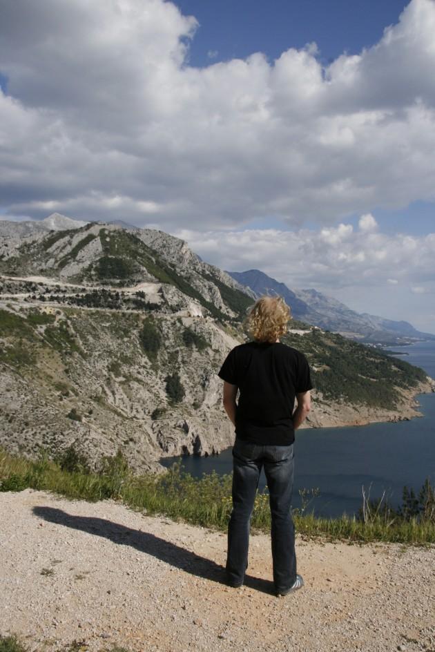 Kurze Pause an der Adriaküste zwischen Split und Dubrovnik
