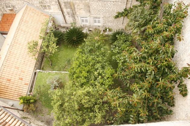 Festung Dubrovnik, Blick in einen Garten