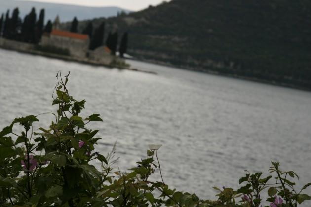 Blick auf die Bucht von Kotor in Montenegro