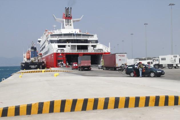 Ankunft am Hafen in Patras