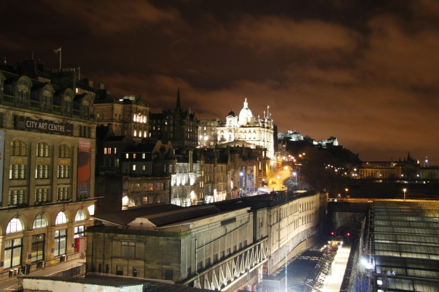 North Bridge Edinburgh, Blick auf City Chambers und Bank of Scotland