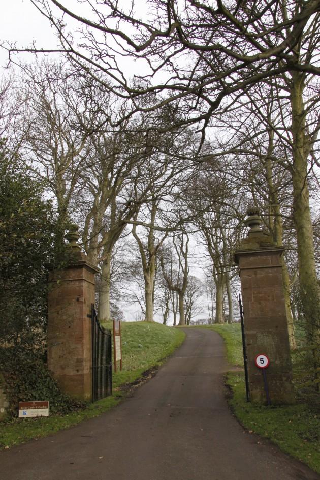 Einfahrt zu Kellie Castle