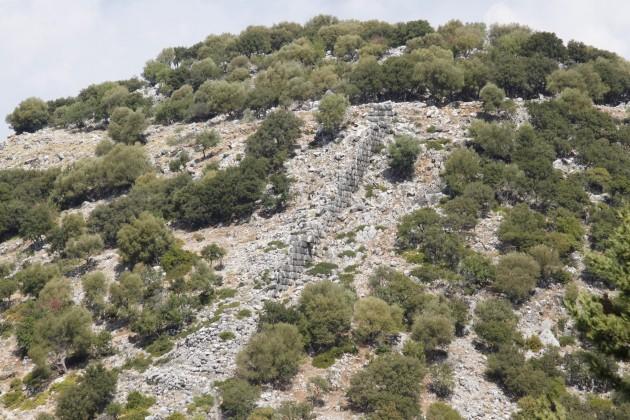 Mykenische Mauern am Ostteil der Akropolis von Sami