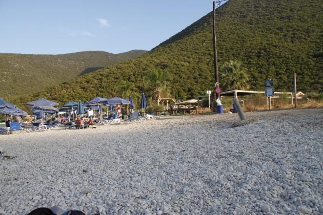 Am Strand von Antissamos